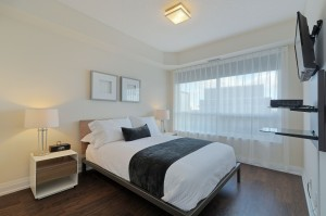 018-Master Bedroom