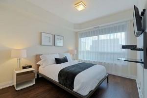 018-Master-Bedroom