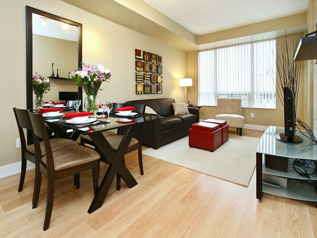 Delsuites Furnished Apartment Toronto